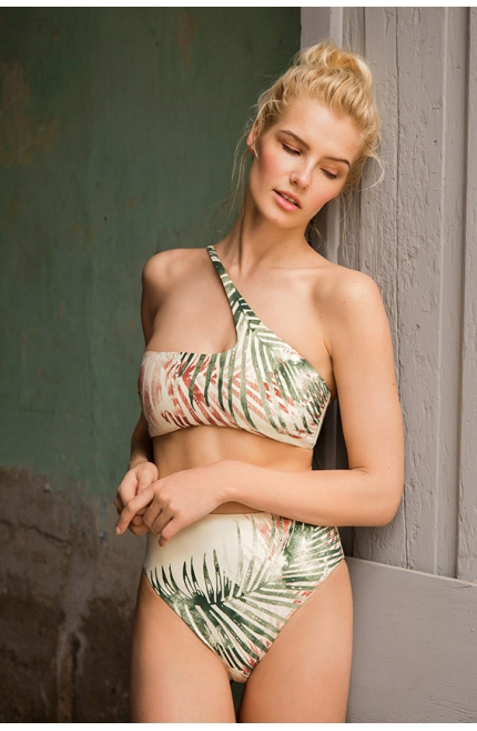 Bikini Bandeau Touché Estampado Tropical.